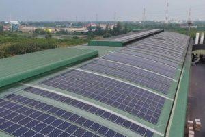 Mái nhà xưởng trong các khu công nghiệp: Tiềm năng lớn để phát triển điện mặt trời